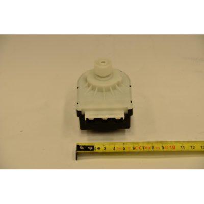 Мотор трехходового клапана JJJ5647340